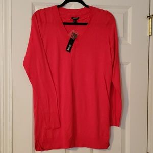 NWT Apt 9 coral v neck sweater